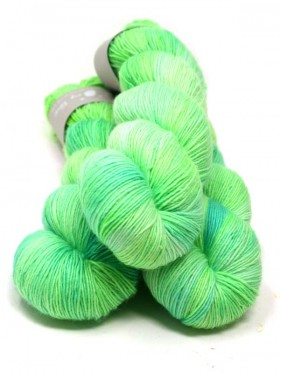 Qing Fibre Merino Single - Acid Apple