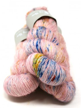 Qing Fibre Merino Single - Berry milkshake
