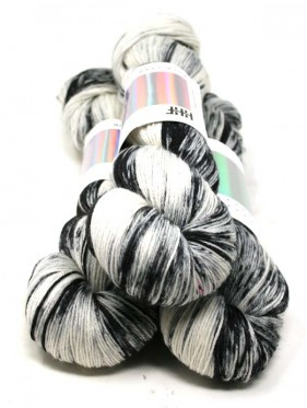HHF Hedgehog Sock Yarn - Magpie