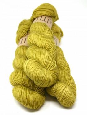 LITLG DK Twist - Golden Green 1