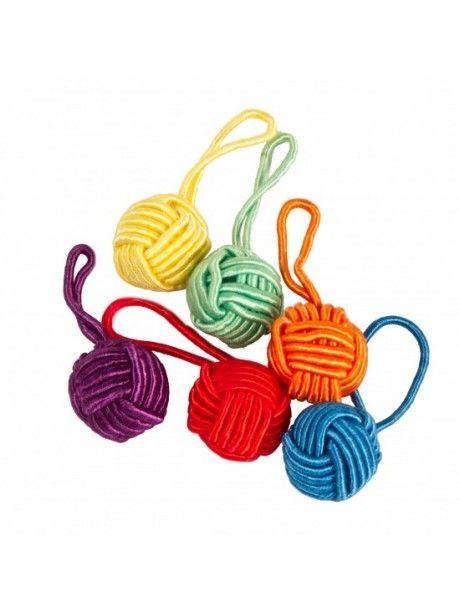 Hiya Hiya - Yarn Ball Stitch Marker different colors