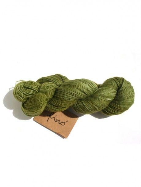 Fino - 407 Velvet Pincushion