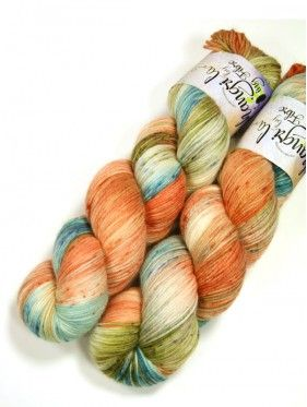 Qing Fibre Super Soft Sock - Shangri La Collection - Shell Beach